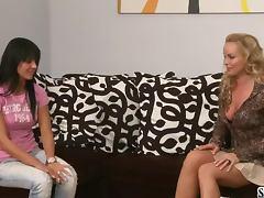 Laeticia C shows her gorgeous body to lewd Silvia Saint tube porn video