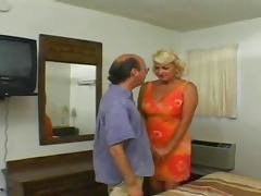 Big Titted Chunky Mature Dana Recieves Anal tube porn video