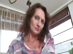 Nasty mature slut gets horny taking part4 tube porn video