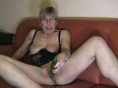 Anal cucumber tube porn video