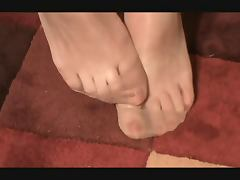 RHT NYLON FEET AND TOES tube porn video