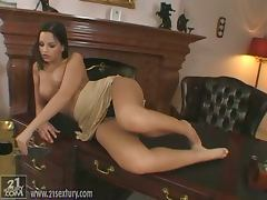 Eve Angel the slutty babe masturbates in the office tube porn video