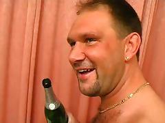 Mama Treibts Mit Jedem 2 tube porn video