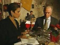 Elegant Italian Mature cheating husband on restaurant tube porn video