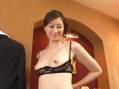 Oily Masseuse Arisa Miyuki gives a hot sexual massage tube porn video