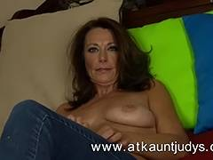 Older and hot sweetheart from Auntjudys tube porn video
