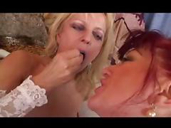 Mature Lesbians R20 tube porn video