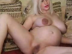 Pregnant babe posing! Amateur! tube porn video