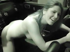 Cute amateur mounts gear lever in the car tube porn video