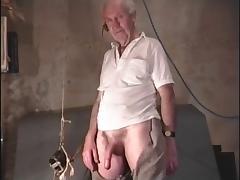 Desmond uses his Vibrator tube porn video