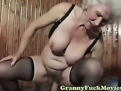 Russian granny hardcore pounding tube porn video