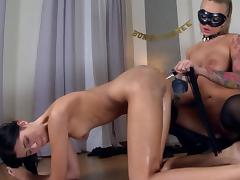 Masked mistress inserts a bottle in her slave's asshole tube porn video