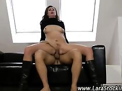 Mature brit hoe sucks and fucks tube porn video