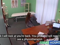 Hawt 20s gymnast tempted by doctor and given creampie on the exam table tube porn video