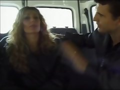 Amatrice En Double Sur Un Parking French Amateur tube porn video