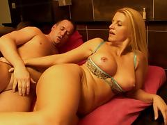 Jennifer coupled with Bernt are shacking up in the straighten up tube porn video