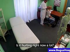 Sham contaminate gets blown hard by a blonde patient tube porn video