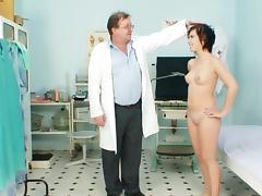 Nino is pissing in rub-down the healing preside tube porn video