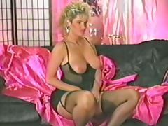 Retro MILF plays with her pussy and sucks a cock tube porn video