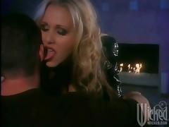 Gorgeous Blonde Julia Ann Gets Banged Hard And Swallow Sperm tube porn video