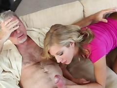 Old man is fucking blonde Chastity Lynn tube porn video