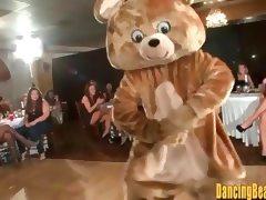 Cute Girls Sucking the Bears Cock tube porn video