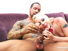 Splendid L. Taylor Goes Extremely Hardcore With A Tattooed Man tube porn video