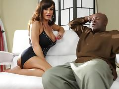 Chatting with the smoking hot milf Lisa Ann tube porn video