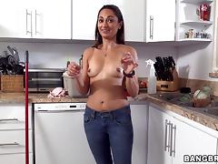 Tattooed Valentina Vixen enjoys ardent rear banging in the shower tube porn video