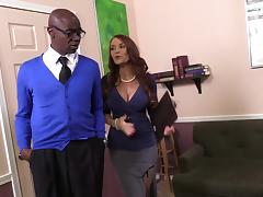 Janet Mason tries her best to satisfy two black studs in MMF clip tube porn video