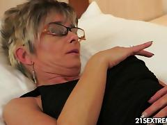 Granny's afternoon hobby tube porn video