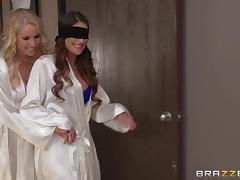 August Ames and Vanessa Cage have FFM sex with masseur Johnny Sins tube porn video