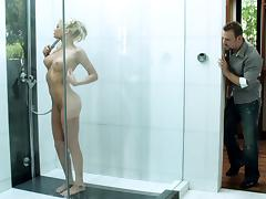 Admirable blonde Riley Steele gets fucked every which way in the shower tube porn video