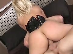 Georgia Peach wearing a corset blows and gets properly fucked tube porn video