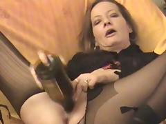 Amateur - horny Mature twin bottles her pussy & Arse tube porn video